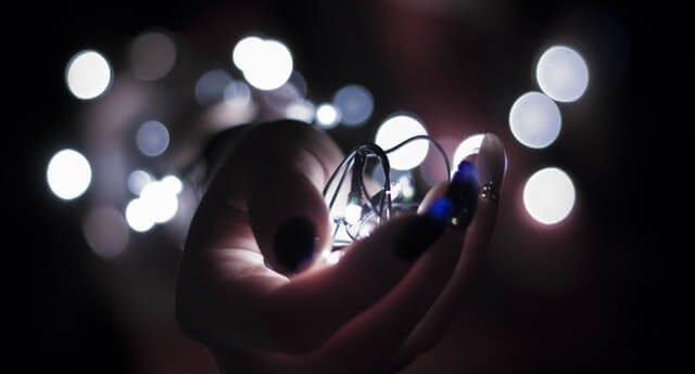 transforming lights in hands